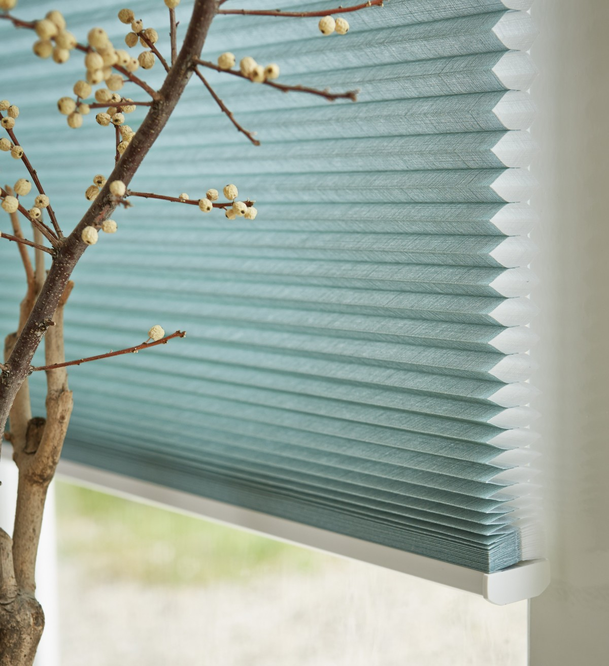 Luxaflex 25mm Opaque Duette Blind